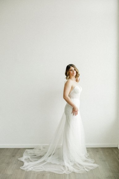 View More: https://laracatherinephoto.pass.us/styled-shoot-sneak-peeks